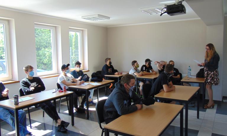 Dodatkowe kwalifikacje i uprawnienia dla młodzieży OHP