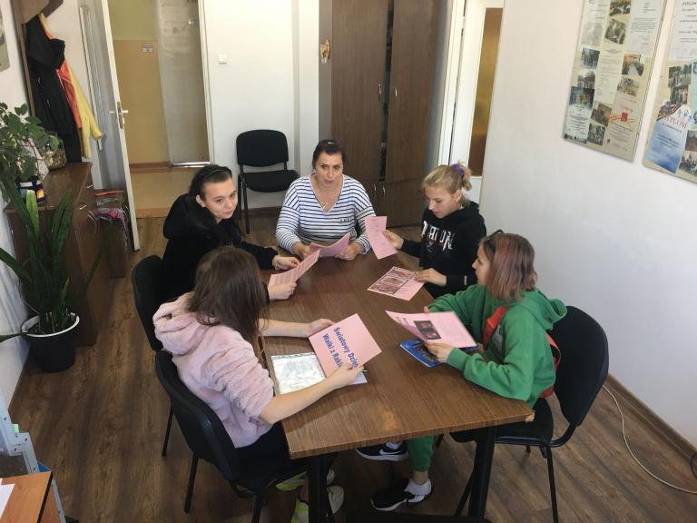Prelekcja w 11-5 Hufcu Pracy – Różowy Październik