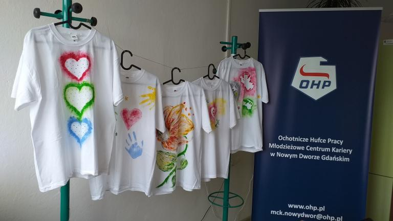 Zajęcia kreatywne z młodzieżą w Młodzieżowym Centrum Kariery w Nowym Dworze Gdańskim
