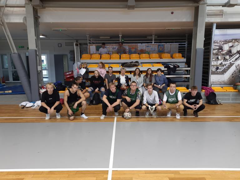 Zawody sportowo-integracyjne w 11-12 Hufcu Pracy w Gdyni