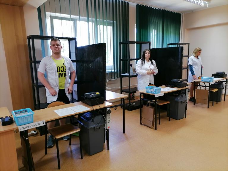 Uczestnicy 11-19 Hufca Pracy przystępują do egzaminów kwalifikacyjnych